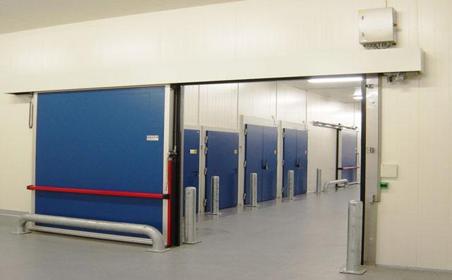 Horizontal Sliding Doors (Freezer-type) & Sliding door (Freezer-type) | SALCO INSULATED DOORS LLC